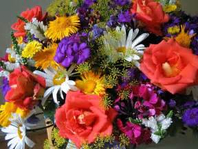 Flowers Bouquet Nyc Pre Shavuot Clamp Down On Illegal Flower Trade Flower Bouquet Algemeiner Com