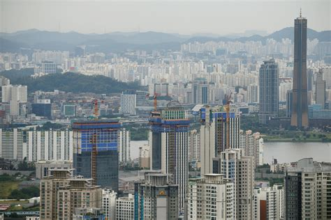 Analysis South Korea S Construction Sector Feels Chill