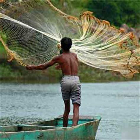modern fishing boat in india sri lankan navy allegedly sinks indian fishing boat