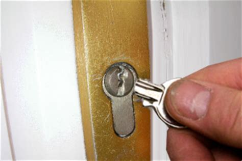 whats cheaper building or buying a house tips to buy the cheapest door knobs whats on my walls