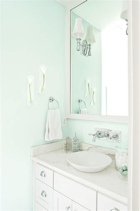 Calming Colors For Bathroom by Master Bathroom Ideas For A Calming Retreat Southern Living