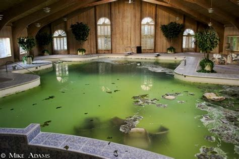 mike tyson house southington ohio mike tyson s abandoned mansion