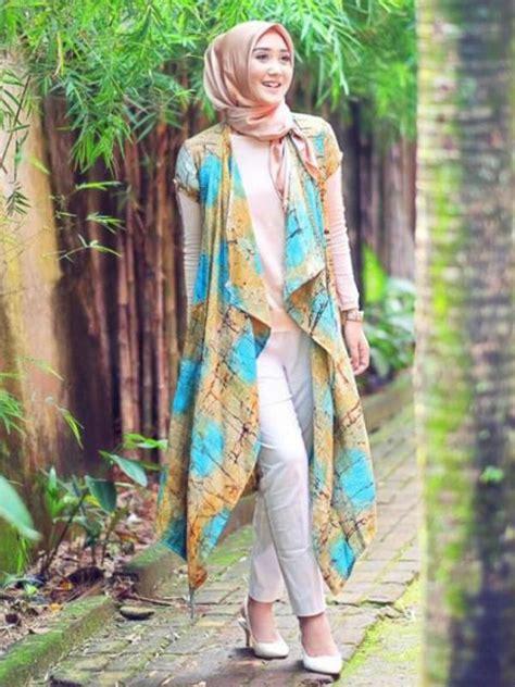 short biography dian pelangi intip inspirasi hijab sehari hari dari dian pelangi
