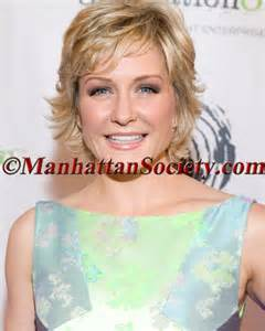 hairstyle of amy carlson 31 best amy carlson images on pinterest amy carlson