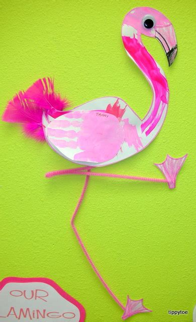 flamingo craft projects tippytoe crafts feather painted flamingos