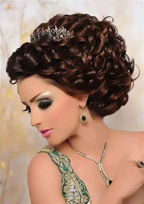 Arabic Wedding Hairstyles by Pin By Zs 243 Fia Pink On Arabic Makeup And Hairstyles