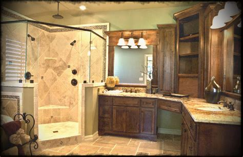 Decorating Ideas For Master Bathrooms by Free Master Bathroom Design Ideas Photos For Property