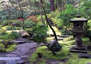 jardin escaliers tout
