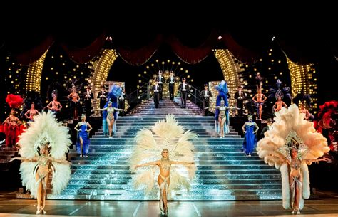 las vegas trends report 2015 what s new in the new year pursuitist vegas showgirl spectacular jubilee to after 34 years