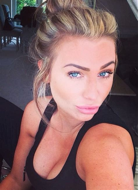 celebrity house hunting do they really buy lauren goodger falls off the wagon and drinks for 12 hours now she s back on the