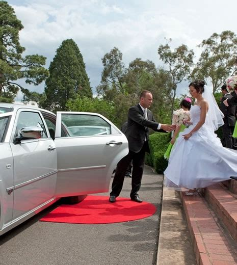 Wedding Car Canberra by Class Chauffeured Cars Wedding Cars Canberra
