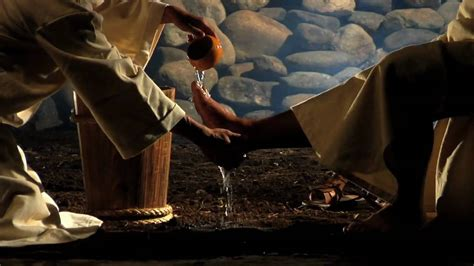 imagenes de jesus lavando los pies diaconia hd youtube