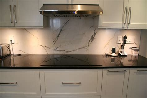 faux marble backsplash transitional kitchen montreal