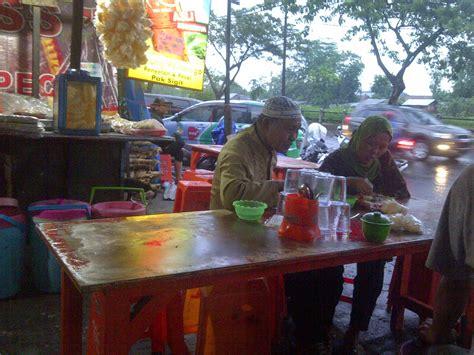 blognya setiyo info kuliner warung ponorogo penyetan