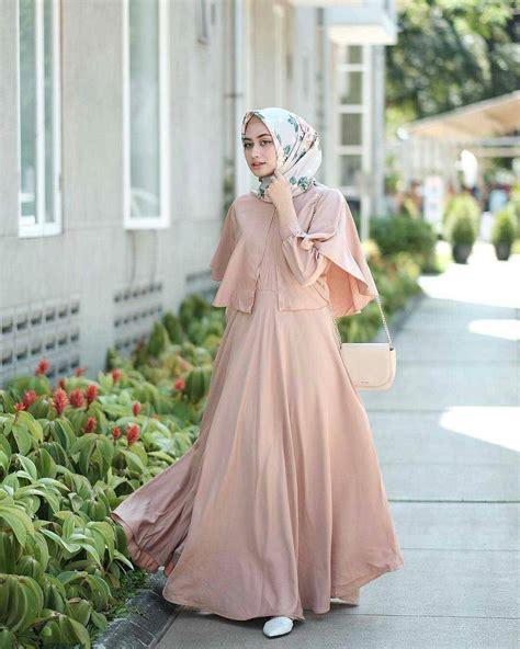 21 model gamis lebaran 2018 desain elegan casual dan modern