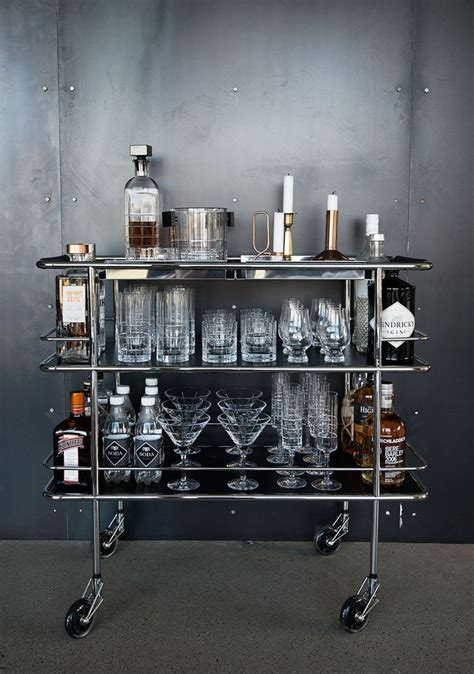 Glasses Needed For A Bar 25 Best Ideas About Drinks Trolley On Bar