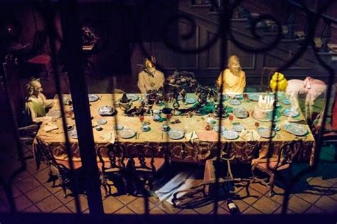 haunted mansion dining room disneyland disney