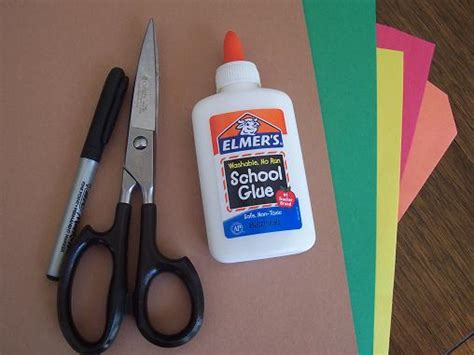 glue paper and scissor crafts