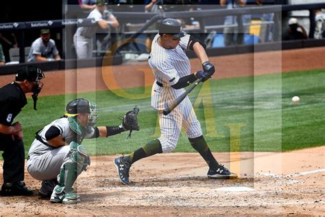 aaron judge hits his career grand slam home run