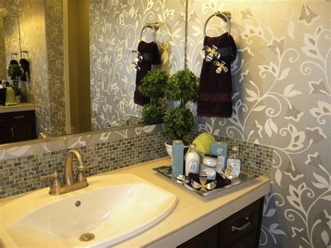 bathroom towel decorating ideas 100s of decorating ideas for the home pinterest