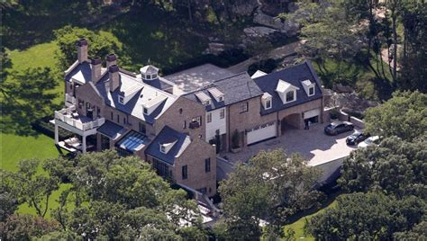 tom brady house brookline ma inside the multimillion dollar mansions of nfl quarterbacks