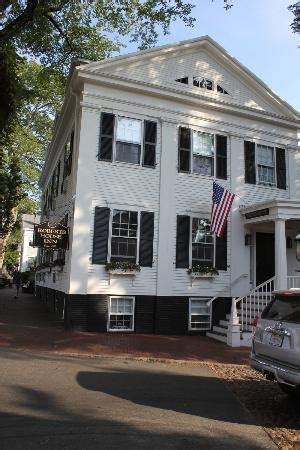 roberts house inn manor house exterior picture of roberts house inn nantucket tripadvisor