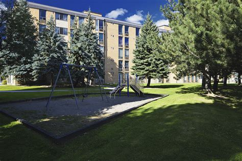 Apartment Buildings For Rent In Pickering Ontario Apartments For Rent Pickering Pickering Place Apartments