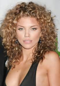 perm medium length hair perm hairstyles for medium hair awazpost com