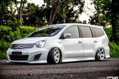 Bantal Aksesoris Mobil Nissan Grand Livina Variasi dunia modifikasi modifikasi mobil nissan grand livina terbaru