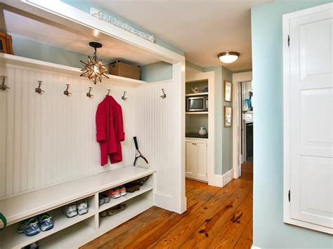 Entryway Locker Plans Mudroom Shoe Racks Pictures Options Tips And Ideas