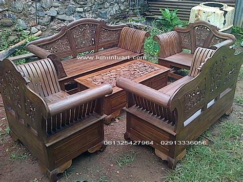 Kursi Tamu Kayu Jati Ukir kursi tamu madura ukir set kayu jati jepara jual mebel