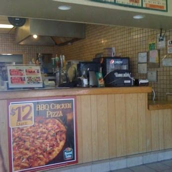 round table pizza san francisco round table pizza pizza san francisco ca yelp