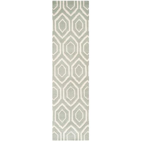 Pantofel Grey Ivory 2 safavieh chatham grey ivory 2 ft 3 in x 7 ft runner cht731e 27 the home depot