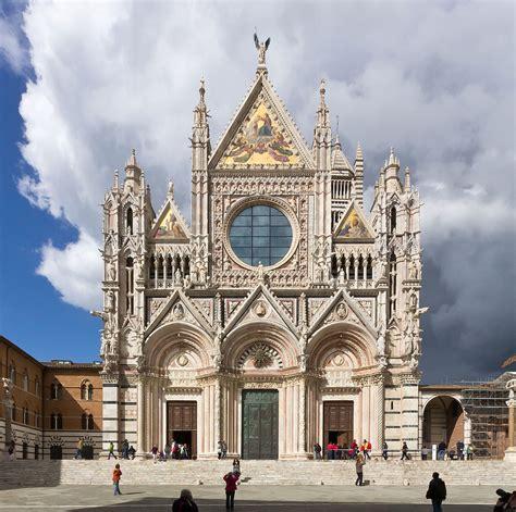 in italia gotico italiano