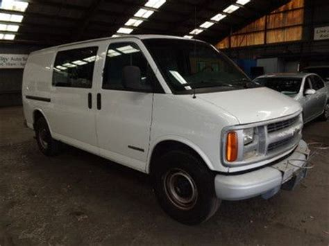 books about how cars work 1999 chevrolet express 3500 electronic valve timing sell used 1999 chevrolet express van w tommy lift needs work no reserve in redwood city