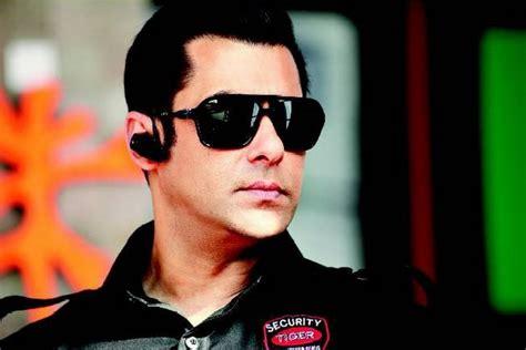 film indian salman khan indian flag bodyguard movie wallpapers bodyguard movie