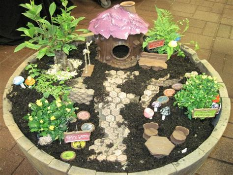 Dish Garden Ideas Miniature Dish Garden Accessories 171 Margarite Gardens
