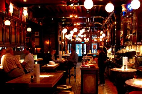 brown cafe what to see in amsterdam top ten attractions amsterdam info