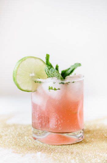 best winter cocktails best 25 winter cocktails ideas on