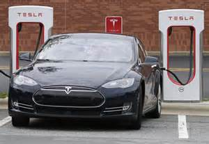 Tesla Electric Car Per Charge Tesla Swings To 671m Loss On Model 3 Delays Hamodia
