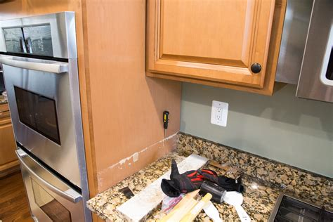 how to remove countertops without damaging cabinets remove granite countertops without damaging cabinets