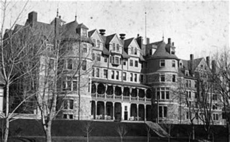 haunted houses in pueblo colorado find haunted hotels in colorado springs colorado antlers