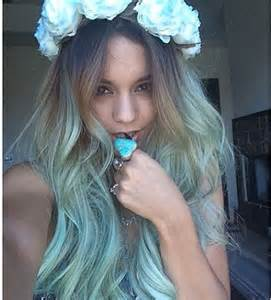 blue new hairdo vanessa hudgens debuts new blue ombr 233 hairdo rumorfix