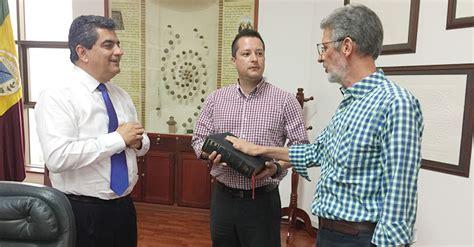 de acuerdo con el departamento de comercio de los estados unidos el jorge iv 225 n echeverry es el nuevo director de industria y