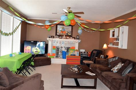 how to decorate for a birthday party at home how to decorate living room for birthday party on budget