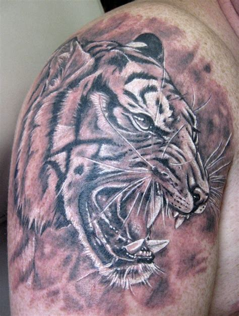 tiger tattoo black and white tattoos i did pinterest