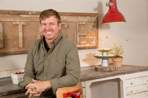 chip gaines photos chip gaines hgtv
