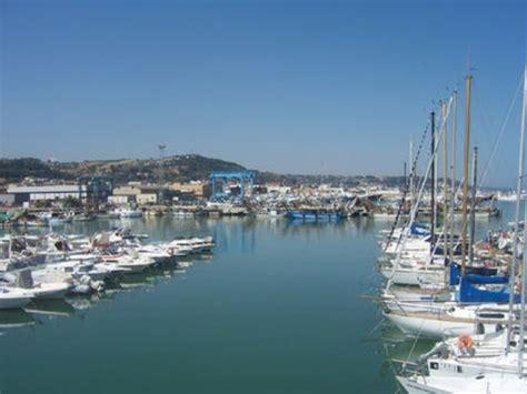 san benedetto al porto riviera oggi 187 trovato in mare il corpo senza vita di un uomo