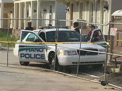 new orleans housing authority housing authority of new orleans cop found shot to death in cruiser cbs news