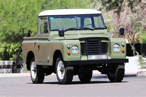 land rover santana 88 1975 land rover santana 88 collectible